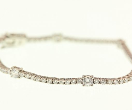 dot-line-bracelet