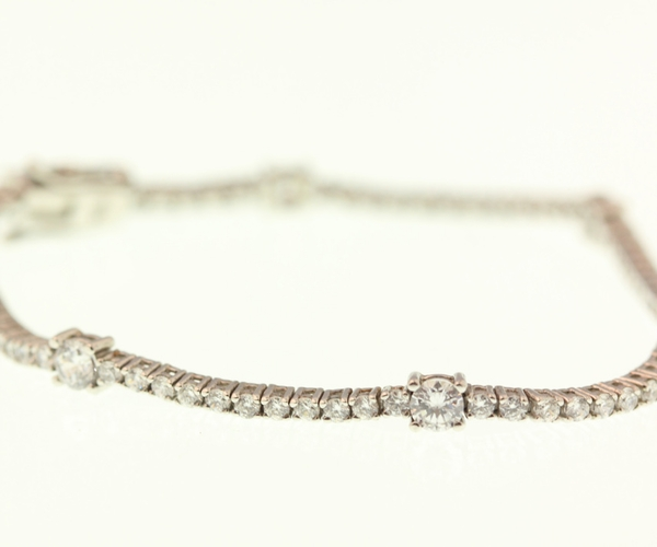 Dot & Line Tennis Bracelet