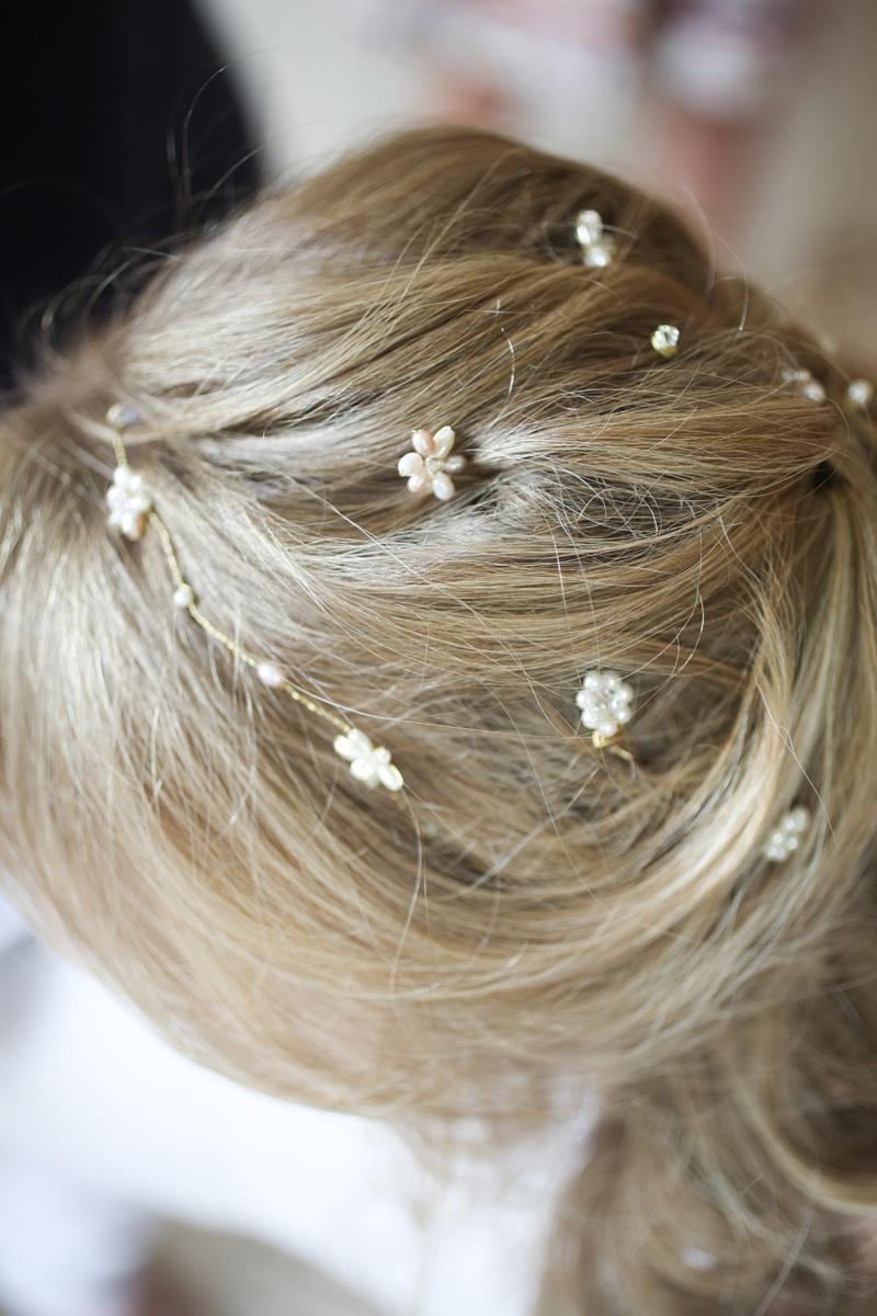 Hepburn Pearl Hair Vine