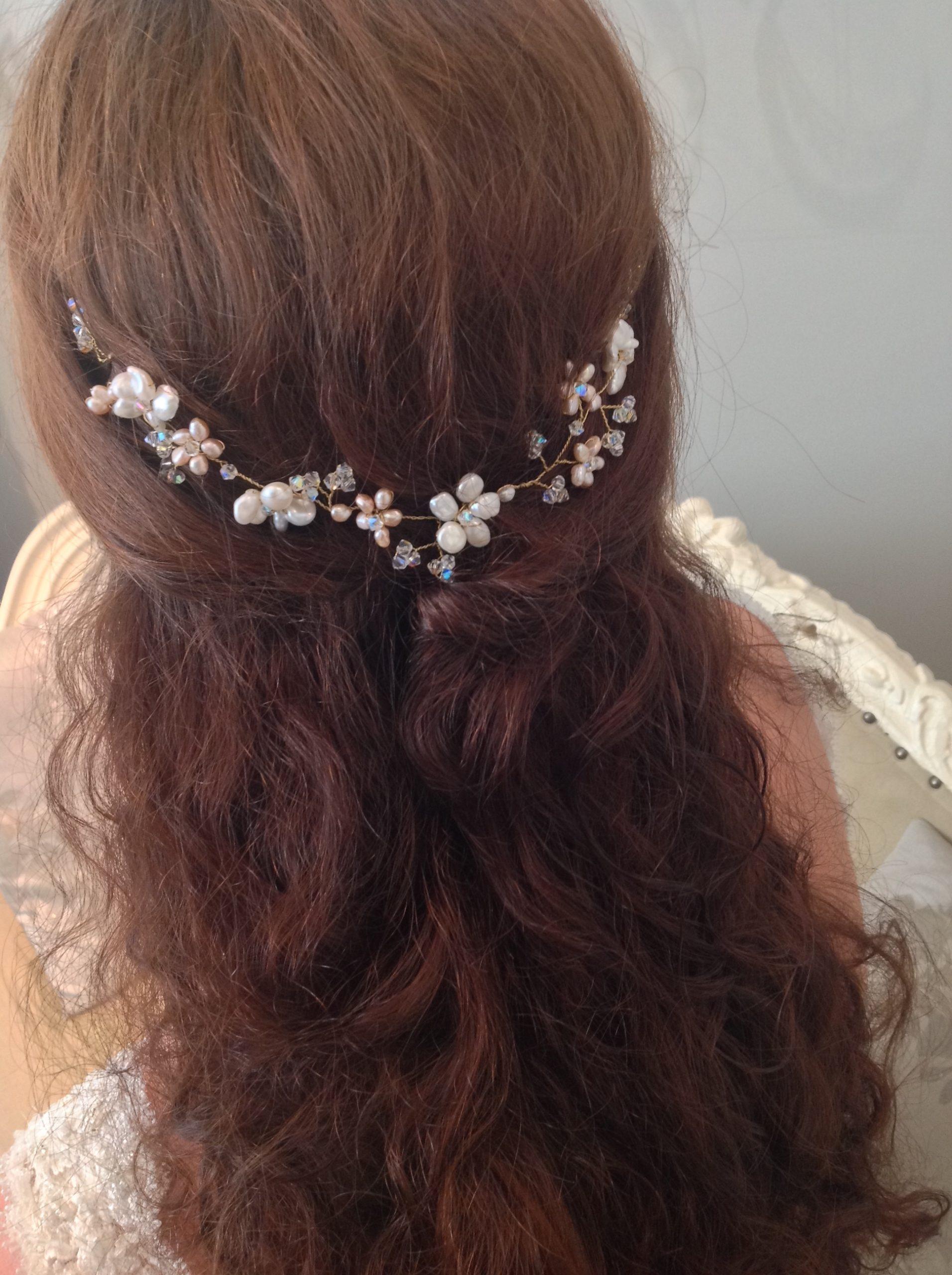 Rowan Pearl Hair Vine