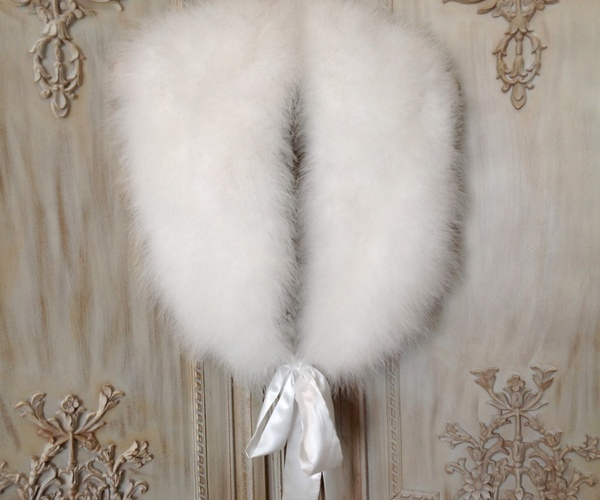 Streisand Marabou Feather Stole