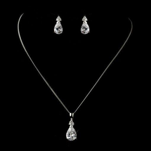 diamante-necklace-set-amelia-diamante-necklace-set-1_1024x1024-1
