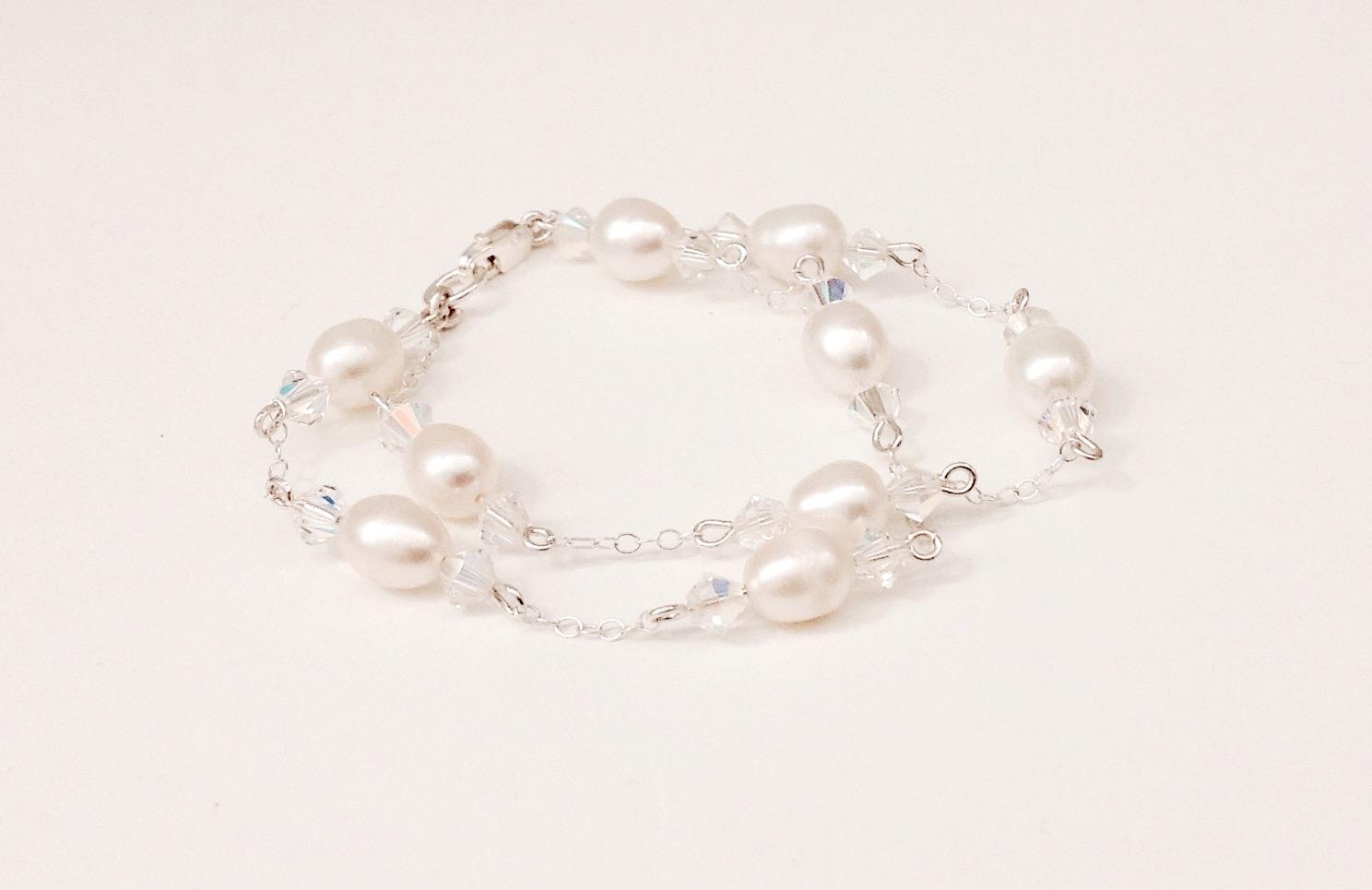 Ava Pearl Bracelet